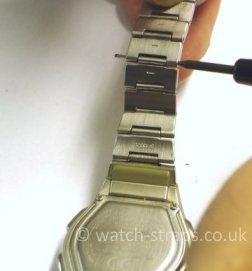 Casio Watch Straps Metal Bracelet Link Removal: Extracting the link pin